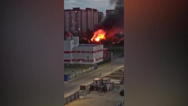 На улице Коммунаров полностью сгорел одноэтажный дом