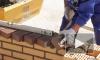 Печальные прогнозы сбываются: обрушившаяся стена придавила рабочих на Октябрьской набережной