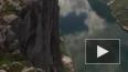 Видео с дрона: Норвежец прошел над пропастью на высоте ...