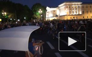 Первый ночной велопробег в Петербурге