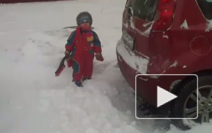 Дети-борцы с подснежниками