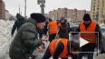 """Уборкой снега на """"Гражданском проспекте"""" занимался ..."""