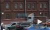 Видео: на Свердловской набережной перевернувшаяся фура создала утренние пробки