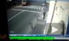 Видео: в центре Петербурга трамвай сошел с рельс