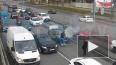 Видео: на Кушелевской дороге загорелся автомобиль