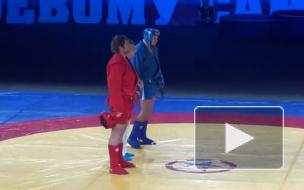 Федор Емельяненко стал чемпионом России, победив родного брата