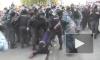 """СКР проверит видео с избиением полицейским участницы """"Марша миллионов"""""""