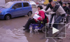 Люди в инвалидных колясках показали ужасы городской среды Петербурга