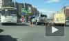 """Девушка на легковушке протаранила полицейский """"УАЗ"""" на Комендантском проспекте"""