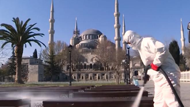 В Турции разъяснили судьбу туристов с подозрением на коронавирус