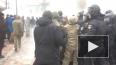 Появилось видео беспорядков у Верховной Рады: сожгли ...