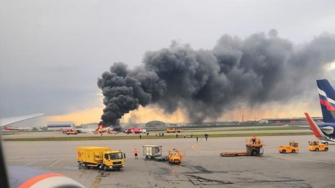 Опубликован полный список погибших и пропавших без вести на борту сгоревшего самолета в Шереметьево