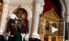 Вандала, облившего чернилами иконы в храме Христа Спасителя, отпустили из зала суда