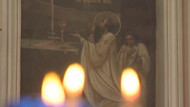 Почти 6% россиян считают Пасху днем рождения Христа