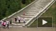 Переплюнуть Петергоф: В Уфе лестница Конгресс-холла ...