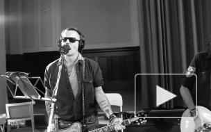 Джонни Депп и Hollywood Vampires исполнили кавер песни Дэвида Боуи