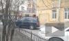 В одной из квартир на Моисеенко, 4, прорвало батарею. На место прибыли пожарные