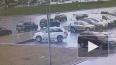 Момент аварии на Богатырском проспекте попал на видео