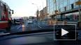 На Выборгской набережной автомобиль такси въехал в мотоц...