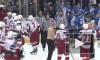 Драка хоккейных тренеров на матче 2 апреля переросла в ледовое побоище