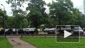 Застройку на Руднева,4 не согласовали с местными жителями, а строительство может представлять опасность