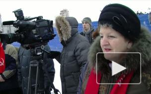 На защиту «Яблоневого сада» в Петербурге вышли более 100 человек