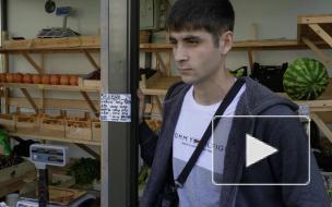 """Piter.TV проводит рейд по незаконным торговым точкам у метро """"Пионерская"""""""