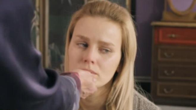 """""""Королева бандитов"""", 2 сезон: на съемках 15, 16 серий молодому актеру пришлось сидеть на цепи, как собаке"""