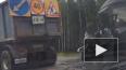 Смертельное ДТП на Новоприозерском: микроавтобус врезалс...