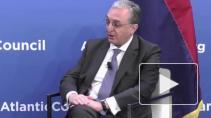 Глава МИД Армении утверждает, что в Карабахе приходится воевать с тремя противниками