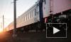 Пассажирам с верхних полок пояснили правила поведения в поездах дальнего следования
