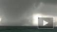 Опубликовано видео двойного торнадо в Италии