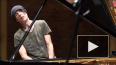 Умер страдавший редкой неизлечимой болезнью пианист ...