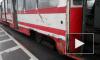 На проспекте Солидарности столкнулись КамАЗ и трамвай, оба транспортных средства сильно покорежены