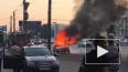 """Появилось видео: возле метро """"Ладожская"""" полыхает ..."""