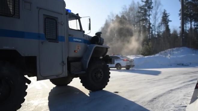 Правоохранительные органы проводят обыски в захваченном монастыре на Урале