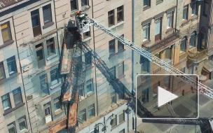 Обрушившиеся балконы на Кирочной с высоты птичьего полета: взгляд Piter.TV