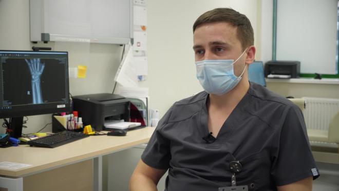 Травматолог рассказал, как обезопасить себя от травм в период гололеда