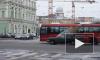 Генконсул Франции ездит по Петербургу на автобусе