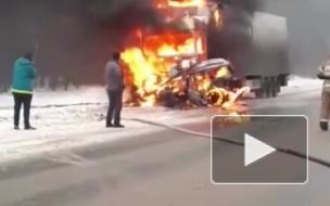 Видео: В Пермском крае в ДТП с КАМАЗом заживо сгорел 23-летний парень