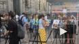 Петербуржцы в центре города нарисовали портреты футболис...