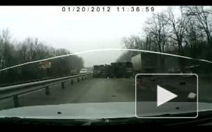Видеокамера зафиксировала, как грузовик раздавил рабочих под Ростовом