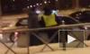 Очевидцы опубликовали видео драки водителя и двух сотрудников ДПС в Перми