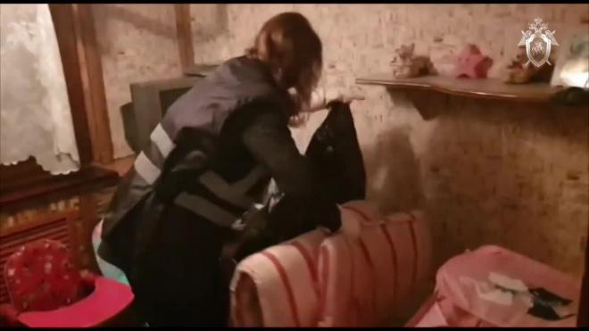 Изъятая из семьи в Брянске 7-летняя девочка с обмороженными ногами весила всего 9 кг