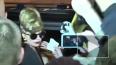 Видео: Леди Гага в коротком платье и окоченевшие петербу...