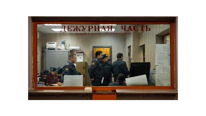 Преступники ограбили квартиру петербурженки на 2 млн, благодаря романтической истории