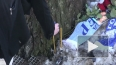К месту гибели Марины Малафеевой горожане несут цветы ...