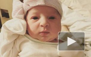 Уникальный случай в США: Женщина родила ребенка, который младше ее всего на 1,5 года