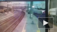 Появилось видео крушения поезда на Тайване, в результате ...