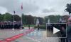 В День города к памятнику Петру I на Сенатской площади возложили цветы: видео
